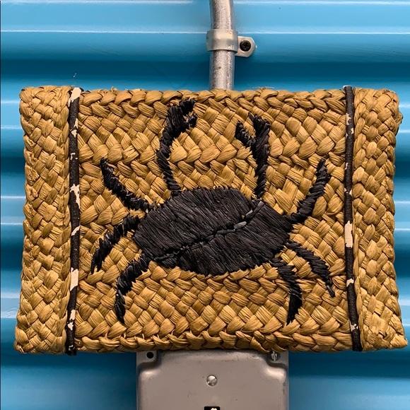 Felix Rey Handbags - Felix Ray Straw Crab Clutch
